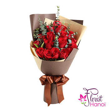 Bouquet flower with red rose for love