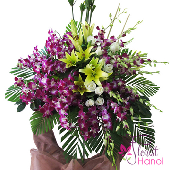 Hanoi sympathy flowers standing online service