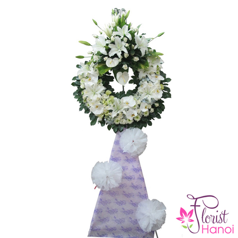 Sympathy flower arrangement for funeral