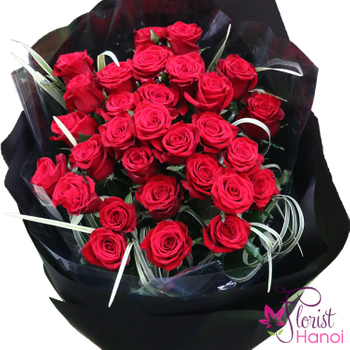 Red roses bouquet free delivery in Hanoi