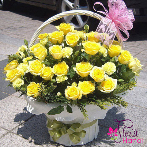 Basket of yellow rose