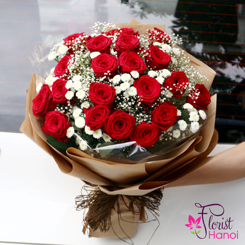 Red roses and baby breath bouquets in Hanoi