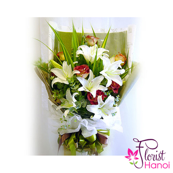 White lilys bouquet for birthday