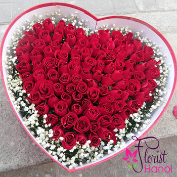 Heart red rose box gift