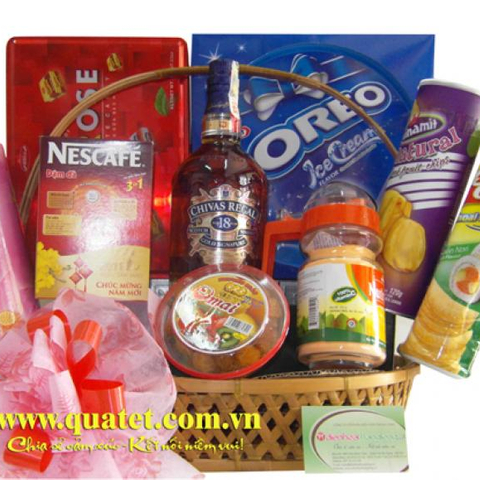 Hamper Meaning in Hanoi