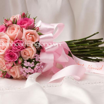 WEDDING BOUQUETS MIXED ROSES