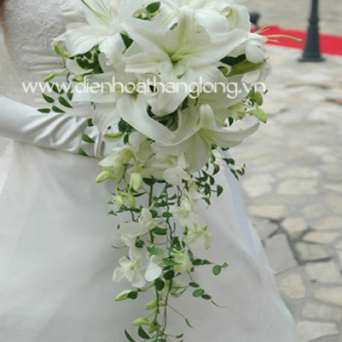 WEDDING BOUQUETS LILY AND ORCHID WHITE