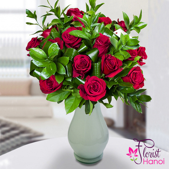 Red roses in vase for same day delivery