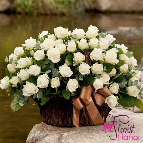 White roses basket in Vietnam flower shop