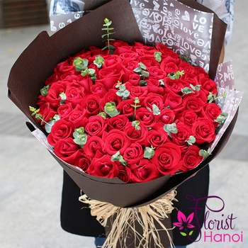 Send bouquet of 99 red roses to Hanoi
