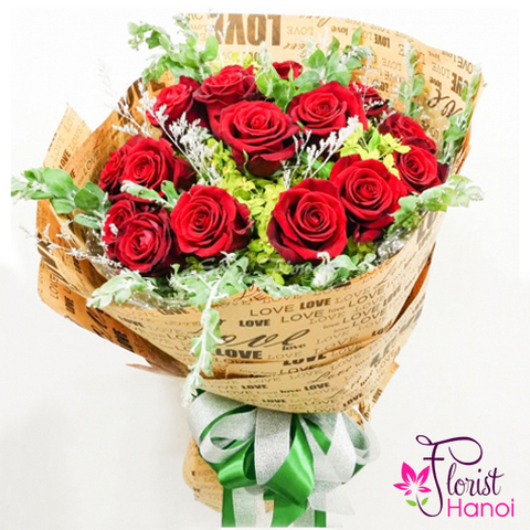 Order red rose bouquet online in Vietnam
