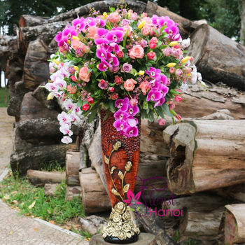Congratulation flower arrangement luxury vase