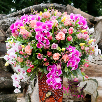 Congratulation flowers arrangement luxury vase