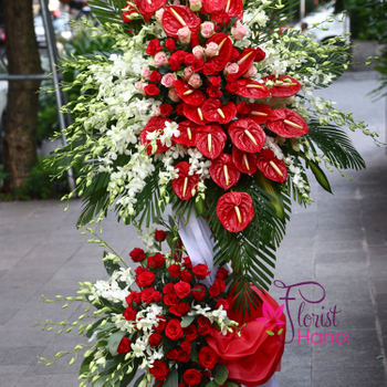 Beautiful grand opening congratulation flowers delivery Hanoi