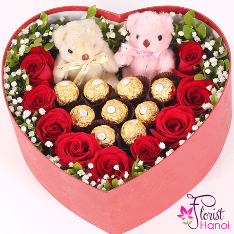 Box rose and chocolate for Valentine Day