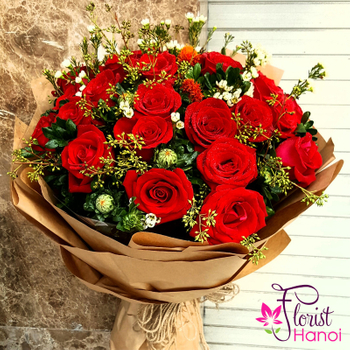 Red roses bouquet to Hanoi