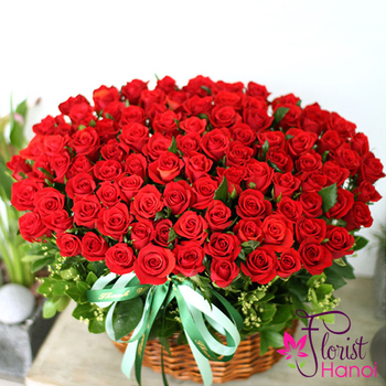 Send 100 red roses to vietnam