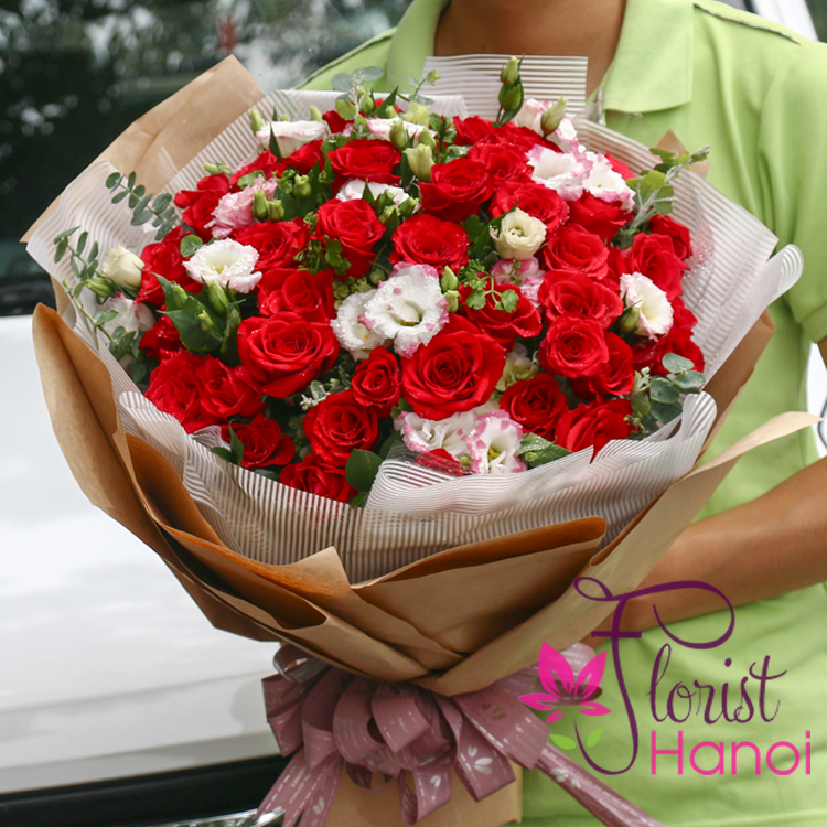Hanoi beautiful love flowers for girlfriend