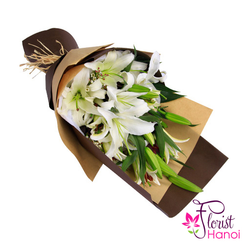 Beautiful white lily flowers bouquet Hanoi