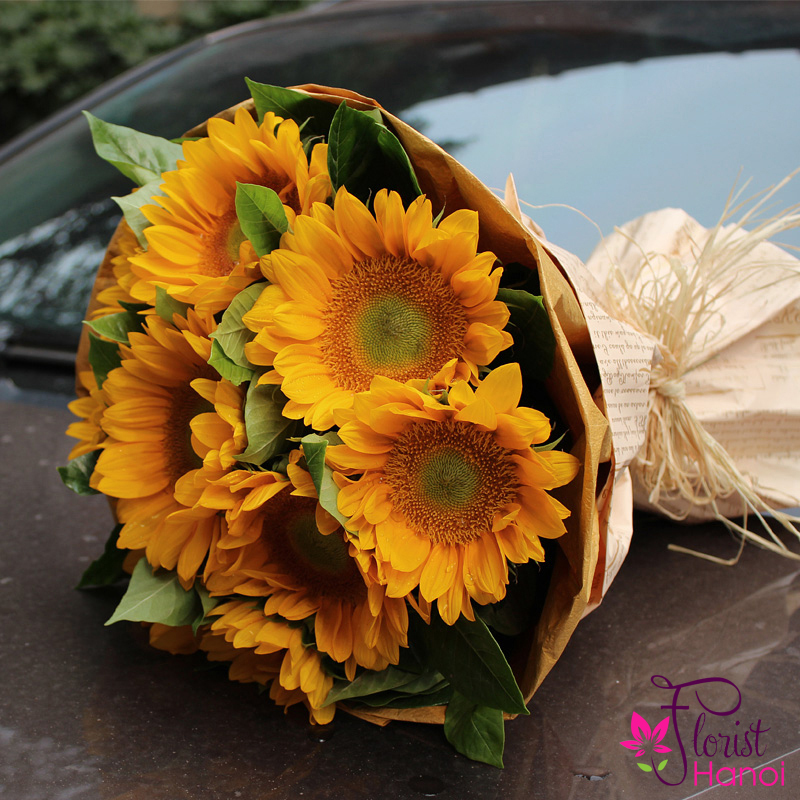 bouquet of sunflower free delivery in Hanoi