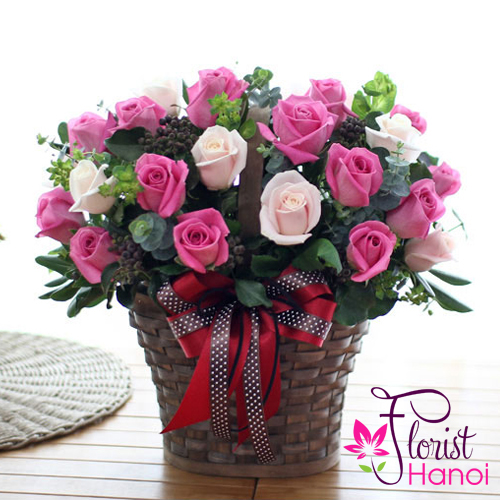 Image pink rose arrangement